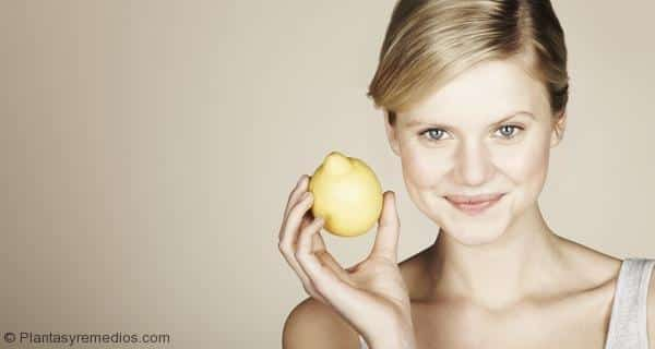 Remedio glicerina con limón para el acné y una piel