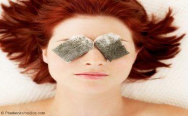 Las máscaras con los ojos para los niños