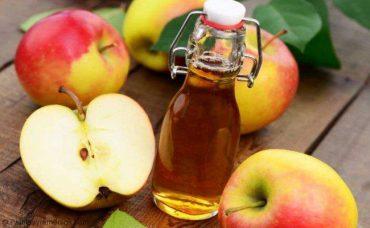 Tratar la perdida de cabello usando vinagre de manzana