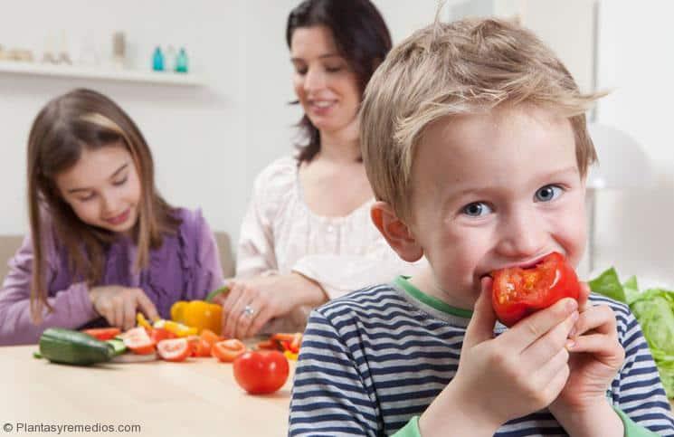 Beneficios para la salud y belleza del tomate que usted debe saber