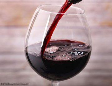 Cómo usar vino para una prueba de embarazo casera