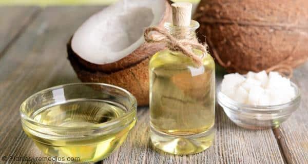 El aceite de coco puede ayudar a perder peso y quemar grasa