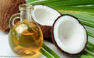 Aceite de coco para la comisura de los labios