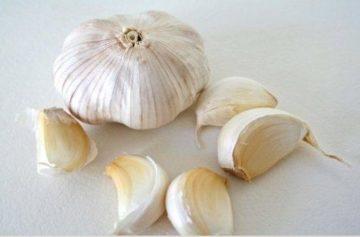 Usar ajo como un remedio para las convulsiones