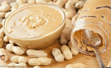 Mantequilla de maní para tratar la deficiencia de hierro