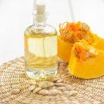 Beneficios del aceite de semilla de calabaza para la piel, cabello y la salud