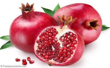 Consumir granada rica en hierro para la anemia