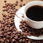 ¿ Café descafeinado es una opción más saludable que el café regular?