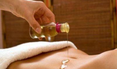 masaje con aeites para las flatulencias